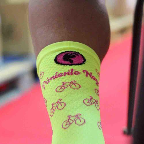 Calcetines bicis amarillos