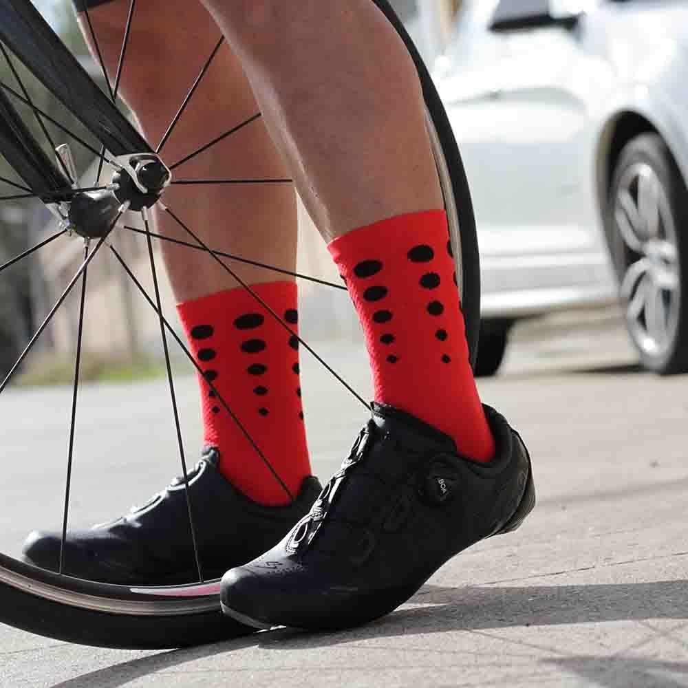 calcetines ciclismo rojos