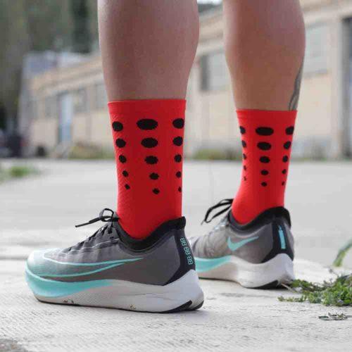 calcetines running rojos